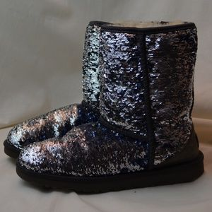 UGG Style 1002978 Mermaid Skin Sequined Boots Sz 9